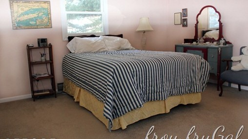 Master Bedroom Makeover–Pottery Barn Knock Off Quilt