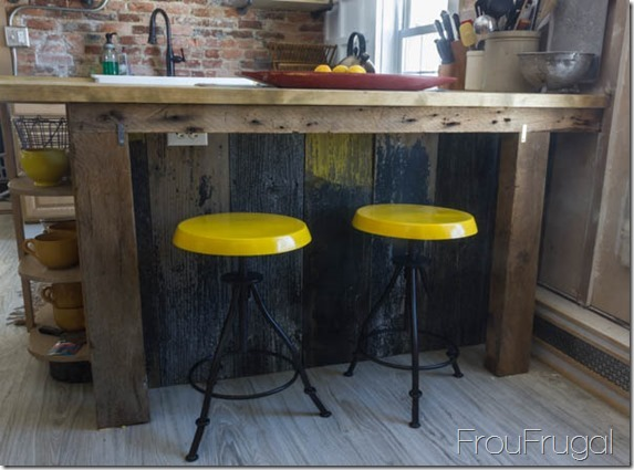 Kitchen Update – Stool Edition