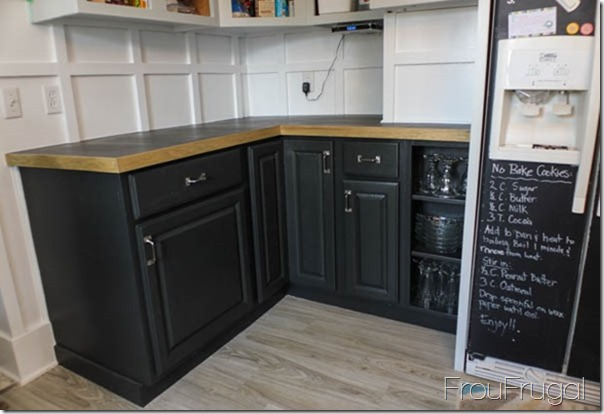 Base Cabinets Painted in Sherwin Williams Iron Ore
