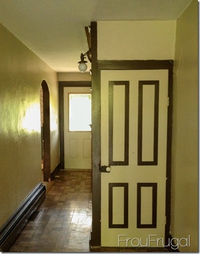 Entryway - Before